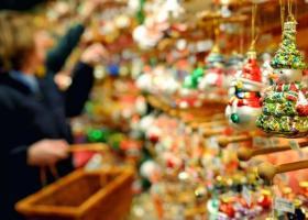 ΕΣΕΕ: Πόροι 1,6 δισ ευρώ στην αγορά από το δώρο Χριστουγέννων - Κεντρική Εικόνα