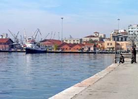 Κανονικά τα δρομολόγια των πλοίων από Μυτιλήνη, Χίο και Σάμο πρός Αϊβαλί, Τσεσμέ και Κουσάντασι - Κεντρική Εικόνα