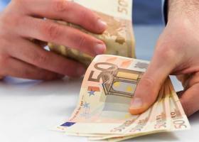 «Τελευταία ευκαιρία» οι 120 δόσεις στα Ταμεία, προειδοποιεί ο Γ. Βρούτσης - Κεντρική Εικόνα