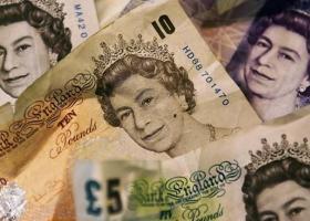 «Πραγματικά χρήματα» φεύγουν από τη Βρετανία υπο τον φόβο του Brexit - Κεντρική Εικόνα