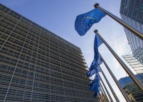 ΕΚΤ-ΕΕ δηλώνουν έτοιμες να λάβουν επιπλέον μέτρα στήριξης λόγω κορωνοϊού - Κεντρική Εικόνα