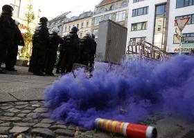 Γαλλία: Απεργία, αναταραχές και Euro - Κεντρική Εικόνα