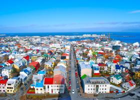Προεδρικές εκλογές στην Ισλανδία, με το βλέμμα στραμμένο στο Euro - Κεντρική Εικόνα