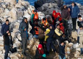 Γερμανικός Τύπος: Εκατοντάδες αφίξεις κάθε ημέρα στην Ελλάδα - Κεντρική Εικόνα