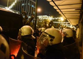 Προπηλακισμό του Κουτσούμπα έξω από τη Βουλή κατήγγειλε ο Παφίλης - Κεντρική Εικόνα