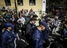 Το κατηγορητήριο για τους τρεις συλληφθέντες στα επεισόδια για πλειστηριασμούς  - Κεντρική Εικόνα