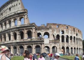 Ιταλία: Υποχωρούν στα γκάλοπ Πέντε Αστέρια και Λέγκα - Κεντρική Εικόνα