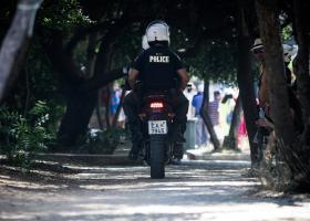 Έγκλημα στο Φιλοπάππου: Στον εισαγγελέα με την κατηγορία ανθρωποκτονίας από πρόθεση οδηγούνται οι δράστες - Κεντρική Εικόνα