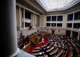 ΔΕΗ: Εγκρίθηκε με 153 ψήφους το νομοσχέδιο του υπ. Περιβάλλοντος και Ενέργειας - Κεντρική Εικόνα