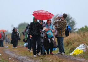 Ζεεχόφερ: Αν δεν βοηθήσουμε Ελλάδα-Τουρκία σύντομα οι πρόσφυγες θα φτάσουν στη Γερμανία - Κεντρική Εικόνα