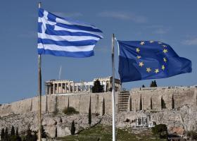 DW: Οι Έλληνες στη μέγγενη των φόρων - Κεντρική Εικόνα
