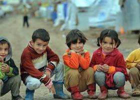 Τέλη Σεπτεμβρίου αναμένεται να χτυπήσει το σχολικό κουδούνι για 18.000 προσφυγόπουλα - Κεντρική Εικόνα