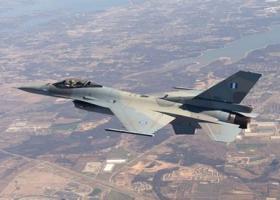Πολεμικό αεροσκάφος με 29 επιβαίνοντες εξαφανίστηκε από τα ραντάρ στον Κόλπο της Βεγγάλης - Κεντρική Εικόνα