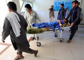 Αφγανιστάν: Εκρηξη παγιδευμένου λεωφορείου με 16 νεκρούς - Κεντρική Εικόνα
