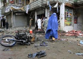 Αφγανιστάν: 60 νεκροί και 120 τραυματίες στην επίθεση σε κέντρο εγγραφής ψηφοφόρων  - Κεντρική Εικόνα