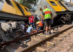 Νότια Αφρική: Δύο νεκροί και δεκάδες τραυματίες από σύγκρουση τρένων - Κεντρική Εικόνα