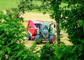 Ποιοι αγρότες κερδίζουν φέτος έκπτωση φόρου έως 2.100 ευρώ - Κεντρική Εικόνα