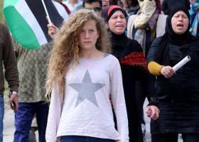 Ο Ισραηλινός υπουργός Άμυνας έδωσε εντολή να λογοκριθεί καλλιτέχνης που υπερασπίστηκε την Άχεντ Ταμίμι - Κεντρική Εικόνα