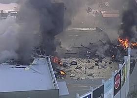 Πέντε νεκροί από συντριβή αεροπλάνου σε εμπορικό κέντρο της Μελβούρνης (video) - Κεντρική Εικόνα