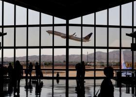 Black Friday και στα αεροπορικά: Οι δημοφιλέστεροι και οι φθηνότεροι προορισμοί - Κεντρική Εικόνα