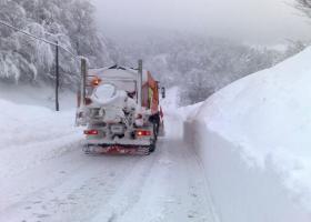 Χιόνι, παγετός και ρίψεις αλατιού στα ορεινά της Ηπείρου - Κεντρική Εικόνα