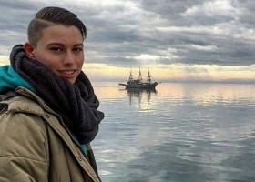 Θάνατος 22χρονου Άλεξ: Είχε σημάδια στο σώμα του αλλά βρήκαν τα αίτια θανάτου με νέα αυτοψία - Κεντρική Εικόνα
