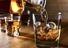 Σημαντική η συμβολή των αλκοολούχων ποτών στην ανάπτυξη της οικονομίας, σύμφωνα με την Infobank Hellastat - Κεντρική Εικόνα