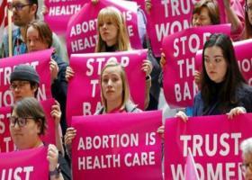 Αμερικανικοί κολοσσοί υπεραμύνονται του δικαιώματος στην άμβλωση - Κεντρική Εικόνα