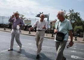 Αναδρομικά συνταξιούχων: Απαλλαγή από πρόστιμα και «κόφτης» στις προσαυξήσεις - Κεντρική Εικόνα