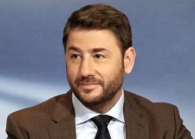 Ανδρουλάκης: Προτιμώ το όνομά μου να είναι σε ψηφοδέλτιο με τον ήλιο του ΠΑΣΟΚ - Κεντρική Εικόνα