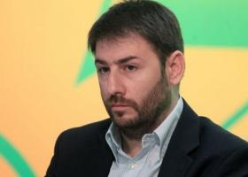 Ανδρουλάκης: Η κυβέρνηση έχει εθιστεί να παρουσιάζει το μαύρο άσπρο - Κεντρική Εικόνα