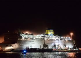 Φωτιά ξέσπασε στο πλοίο «Ελευθέριος Βενιζέλος» - Με ασφάλεια αποβιβάστηκαν οι 875 επιβάτες (photos+video) - Κεντρική Εικόνα