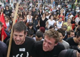 Ποιες αριστερές οργανώσεις καλούν σε διαδήλωση κατά της Μέρκελ - Η ΕΛΑΣ την απαγόρευσε! - Κεντρική Εικόνα