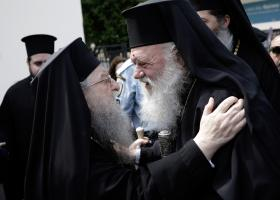 Στροφή 180 μοιρών από τον Ιερώνυμο: Η Εκκλησία θα συμμετάσχει στο συλλαλητήριο - Κεντρική Εικόνα