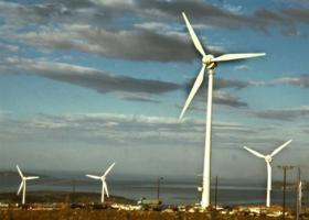 ΑΠΕ: Δημοπρατούνται 2.600 MW ως το 2020 - Κεντρική Εικόνα