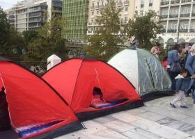 Απεργίας πείνας Σύρων προσφύγων στο Σύνταγμα ζητώντας οικογενειακή επανένωση (photos) - Κεντρική Εικόνα