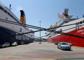 Δεμένα τα πλοία στα λιμάνια την Πρωτομαγιά - 24ωρη απεργία της ΠΝΟ - Κεντρική Εικόνα