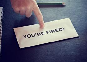 Πώς πρέπει να πληρώνεται στο εξής η αποζημίωση απόλυσης - Κεντρική Εικόνα