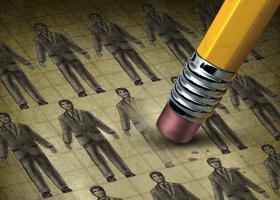 Τι αλλάζει σε εργασιακά και απολύσεις μετά τις τροπολογίες Βρούτση - Κεντρική Εικόνα