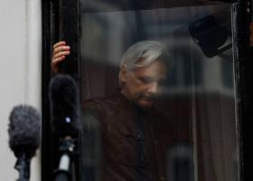 WikiLeaks: Στο στόχαστρο επιχείρησης κατασκοπείας στην πρεσβεία του Ισημερινού ο Τζούλιαν Ασάνζ - Κεντρική Εικόνα