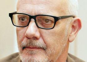 Δεν σχολιάζει ο Γ. Κιμούλης τα δημοσιεύματα που τον φέρνουν στο «τιμόνι» του ΚΠΙΣΝ - Κεντρική Εικόνα