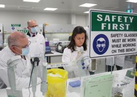 AstraZeneca: Εντείνονται οι αμφιβολίες για άμεση διάθεση του εμβολίου κατά του κορωνοϊού - Κεντρική Εικόνα