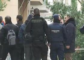 Εκρηξη στο Κολωνάκι με τραυματία αστυνομικό -Αποκλεισμένοι οι δρόμοι στον Αγιο Διονύσιο - Κεντρική Εικόνα