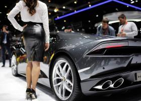 Παρά την κρίση, λεφτά για πολυτελή και πανάκριβα αυτοκίνητα... υπάρχουν - Κεντρική Εικόνα