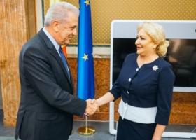 Επίσημη επίσκεψη Αβραμόπουλου στη Βουκουρέστι - Κεντρική Εικόνα