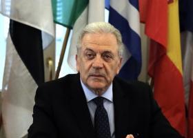 Αβραμόπουλος: Η εκστρατεία της ουγγρικής κυβέρνησης κατά της ΕΕ είναι εκστρατεία κατά της Ουγγαρίας - Κεντρική Εικόνα