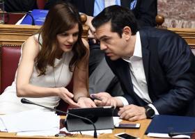 Νομοσχέδιο για αύξηση του κατώτατου μισθού κατέθεσε ο ΣΥΡΙΖΑ - Κεντρική Εικόνα