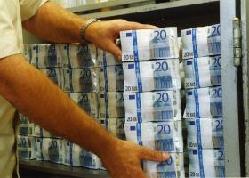 Οι ελληνικές τράπεζες έχασαν 4 δισ. ευρώ κεφαλαιοποίησης σε δύο μήνες - Κεντρική Εικόνα