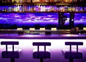 Πώς να ανοίξετε το δικό σας μπαρ - Κεντρική Εικόνα