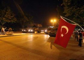 Anadolu: Συνελήφθησαν τρεις πραξικοπηματίες, που επιτέθηκαν στο ξενοδοχείο του Ερντογάν - Κεντρική Εικόνα